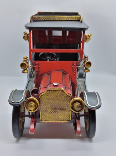 Picture of Vintage Car