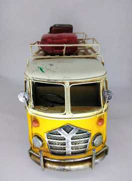 Picture of Volkswagen Bus